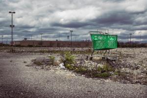 ohio-columbus-remnants-caroline_kraus-shopping_cart-abandoned-retail