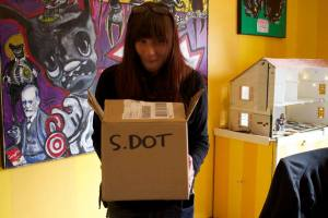 kate at s.dot 3